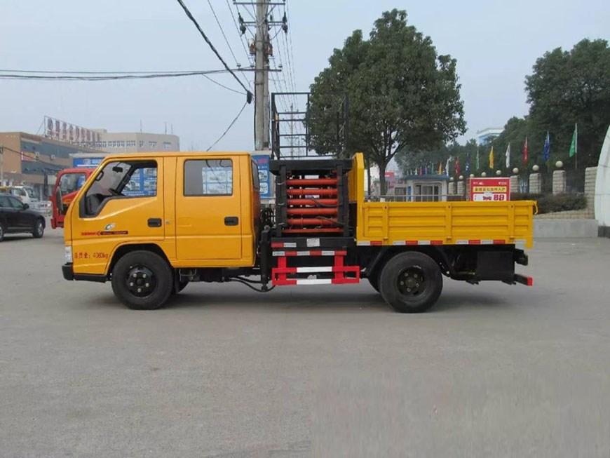 東風153型20米高空作業車