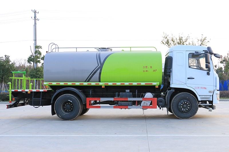 国六D3L 12吨洒水车