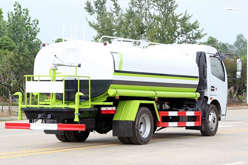 国六大多利卡 9.2吨洒水车